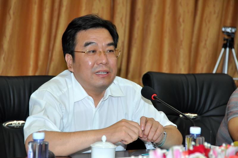 信长星担任青海省代理省长和副省长职务